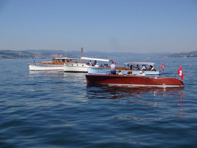 Alle vier Motorboote (2016)