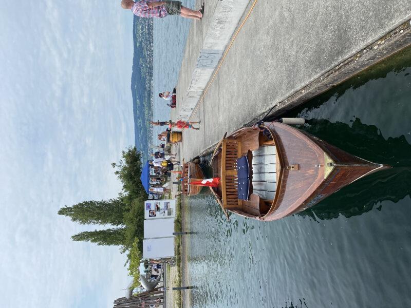 Zum ersten Mal öffentlich zu sehen: unser 9. Schiff, ein noch unrenoviertes Pedrazzini-Stehruderboot